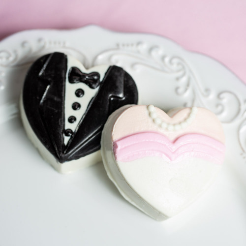 Heart Bride and Groom Chocolate Covered Oreo Cookies