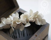 Floral comb with flower Bridesmaid comb Flower comb Pearl comb Milky White headpiece White hairpiece Ivory hair comb Wedding flower comb