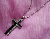 Gift Boxed Free postage diamante cross pendant necklace vintage necklace ajustable chain fastener 26nches wedding prom party