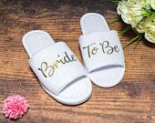 Bride to be Slippers Personalised Wedding Slippers Bride slippers , Bridesmaid Gift, Bridal Party , Hen Weekend Open Toes Spa Slippers