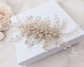 Floral hair comb Gold hair comb Gold hair piece Bridal hair accessories Bridal headpiece Wedding hair comb Crystal hair comb Flower comb