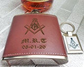 Freemason Leather Hip Flask and Silver Keychain Keyring Custom Engraved Drinks Spirits Gift Set Engraving Masonic Gifts Lux Personalised
