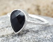Ring Sterling Silver. BLACK Onyx. InkaCreations. Freda. GOTA de ORO. Gift for lovers, mother ,daughter, mothers day