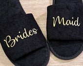 Bridesmaid Slippers Personalised Wedding Slippers, Bridesmaid Gift, Bridal Party , Bride Slippers Hen Weekend Open Toes Black Spa Slippers