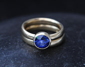 Blue Sapphire Wedding Set in 18K Gold Sapphire Engagement Ring and Wedding band