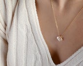 AKELA Tiny Initial Necklace for Mom, Personalized Mothers Necklace Gift,Delicate Disk Necklace,Custom Necklace,Dainty Mom Jewelry, Gift Mum