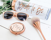 Rose Gold Mrs Compact Mirrors, Bride to Be Gift, Hen Party Gifts, Rose Gold Mirror, Bridal Shower Favors, Bachelorette Party Favors