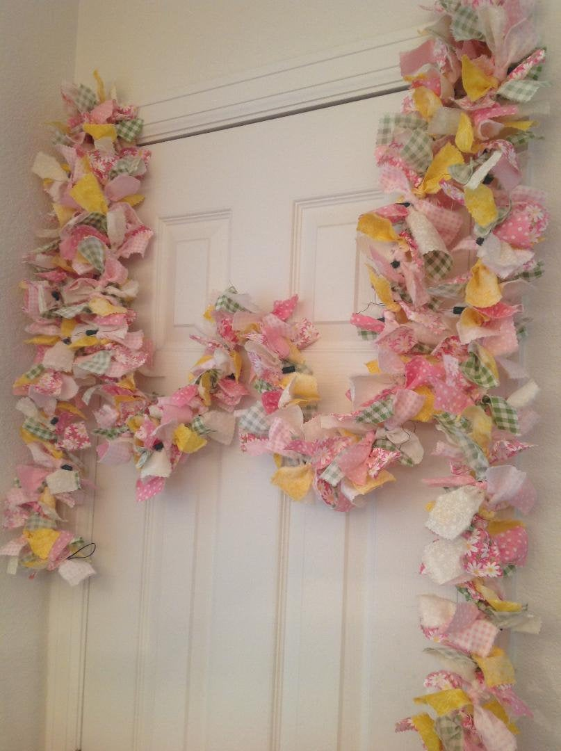 12' Spring/Easter Rag Fabric Garland, Pink Daisy Swag Country Spring Lighted Easter Garland