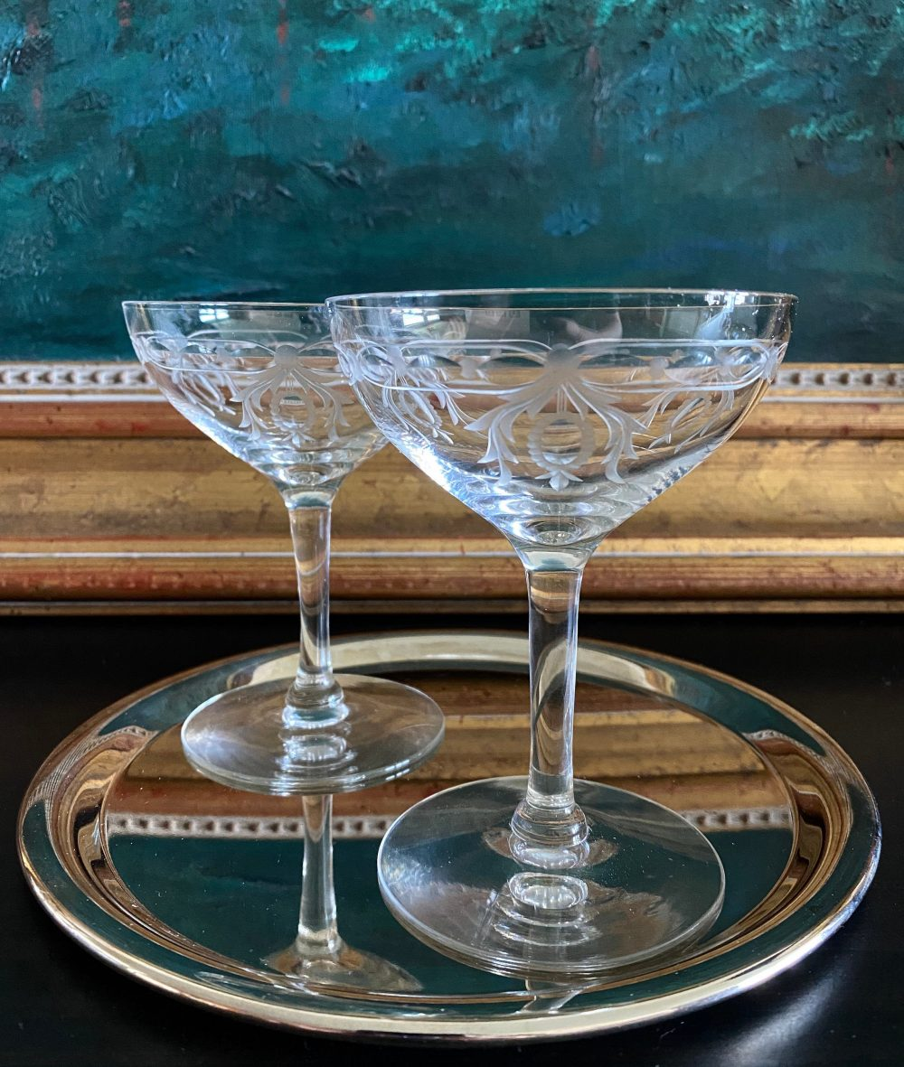 Set Of 2 Intaglio Cut Champagne Coupes Glasses• Swags, Medallions, Ribbons •extraordinary Glossy & Gray Cut• Stunning Pair