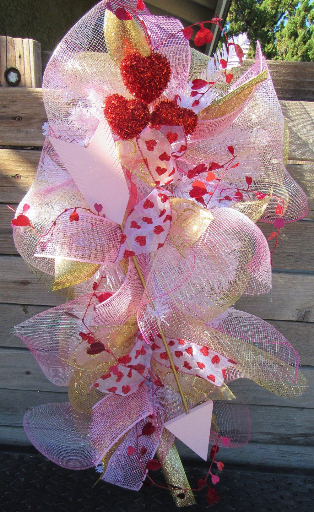 "24"" Valentines Day Wreath Door Decor Heart Mesh Swag V-Day Pink Gold Arrow Bridal Shower Wedding"