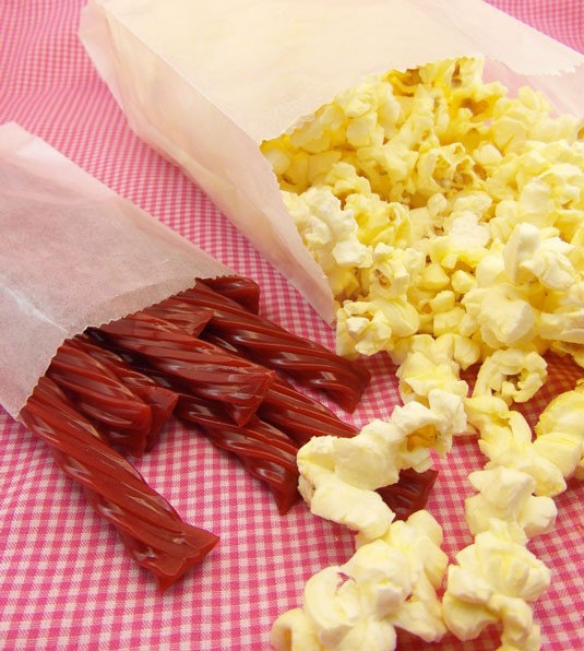 "25 Gusseted Glassine Popcorn Bags . 4"" X 2.5"" 8.5"", Bags, Bakery"