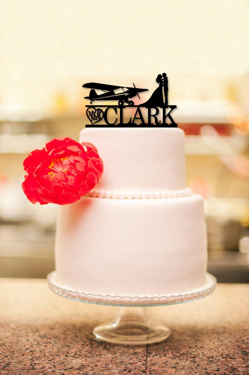 Airplane Wedding Cake Topper, Mr & Mrs Groom Bride Kissing, Custom Pilot Topper, Funny Topper C236
