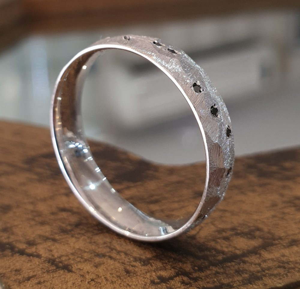 Mens Hammered Wedding Band 14K White Gold Black Diamonds, Unique Ring, Rustic Anniversary Gift For Him