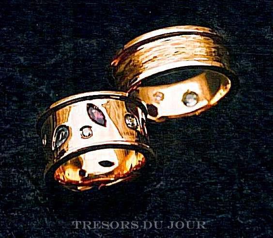 "Unique Wedding Band Set ""Confetti' Diamond Wedding Ring Gold Platinum Band Gemstones Etruscan Rings Diamonds Custom Bands"