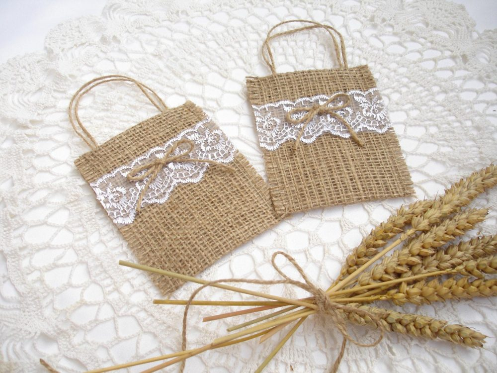 Set Of 50 - Wedding Favor Bags With White Lace Gift Gift Christmas Bag Favors - Burlap