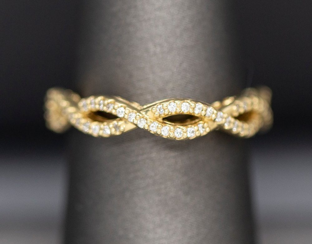 Diamond Infinity Wedding Band Ring 14K Yellow Gold, Cross Over Band, Filigree Ring, Scroll, Pierced, Stackable Twist