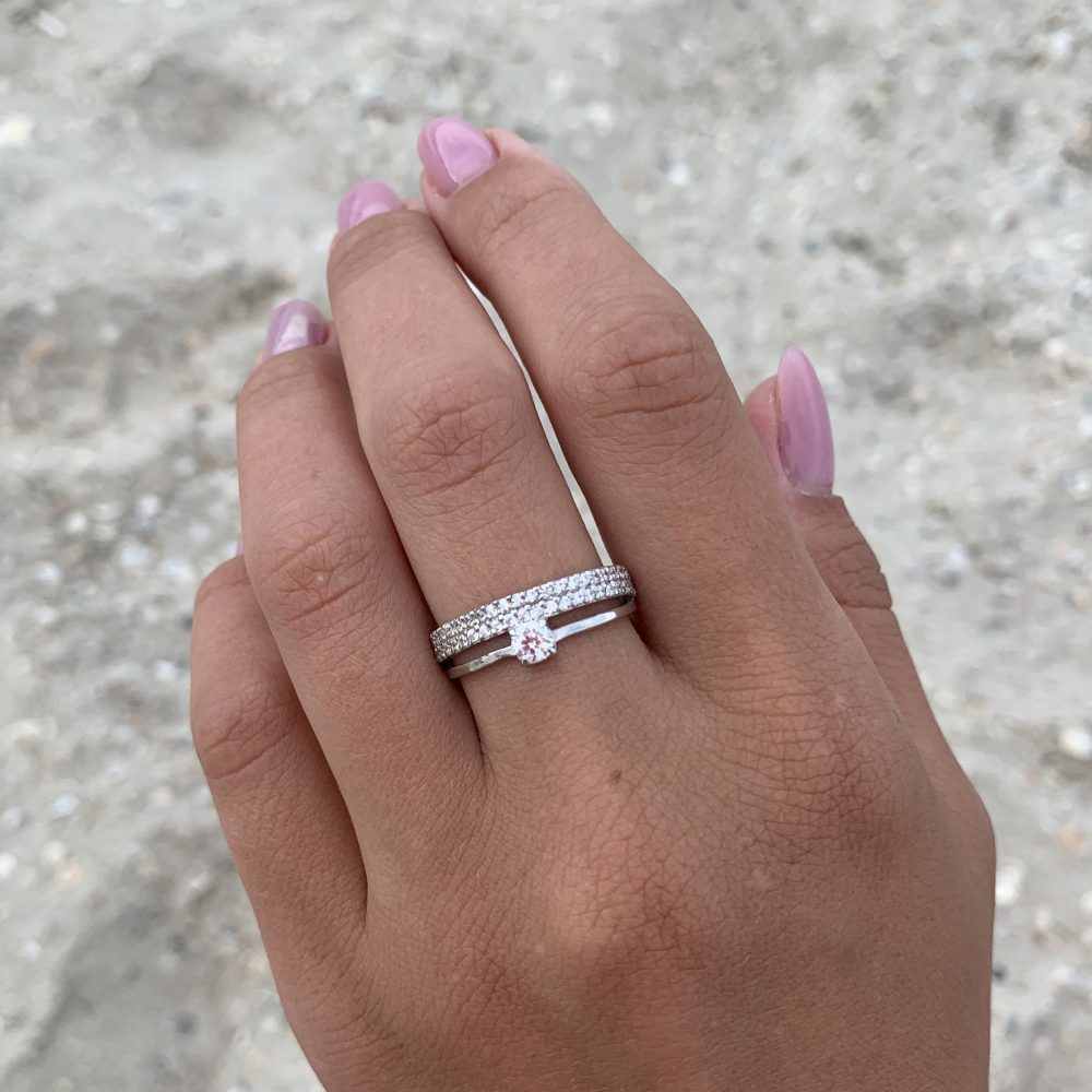 Wide Wedding Band, Silver Unique Round Cut Ring, Multistone White Stone Ring, Cz Band, Elegant Ring
