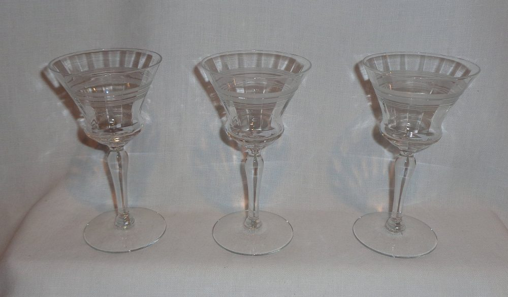 Vintage Hourglass Etched Band Optic Martini Glasses | 3