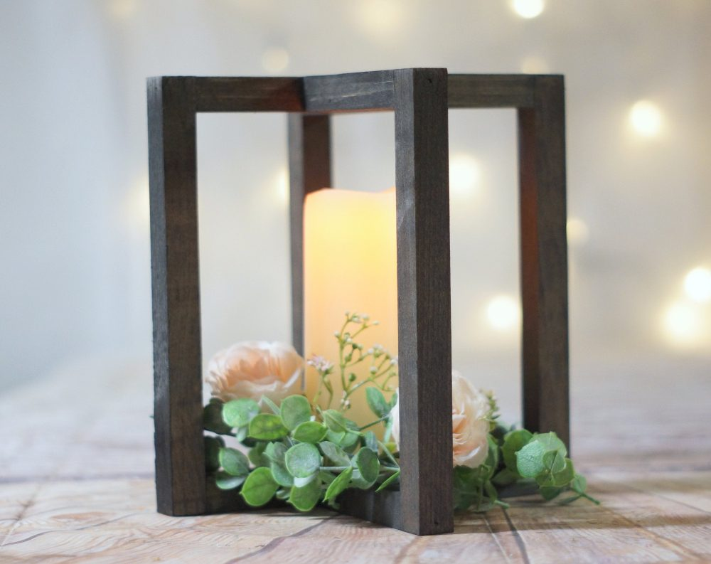 Wood Lantern Centerpiece, Reception Bridal Ceremony, Shower Table Deocr Ideas, Farmhouse Rustic Country, Wooden Center Piece Ideas 2020 Diy
