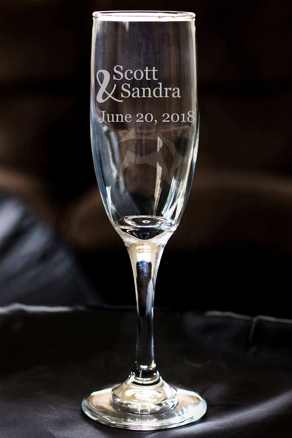 Champagne Flutes, Couple Flute, Wedding Favors, Personalized Names, Wedding Toast Flute, Gift For Her, Engraved Wedding Champagne, Christmas