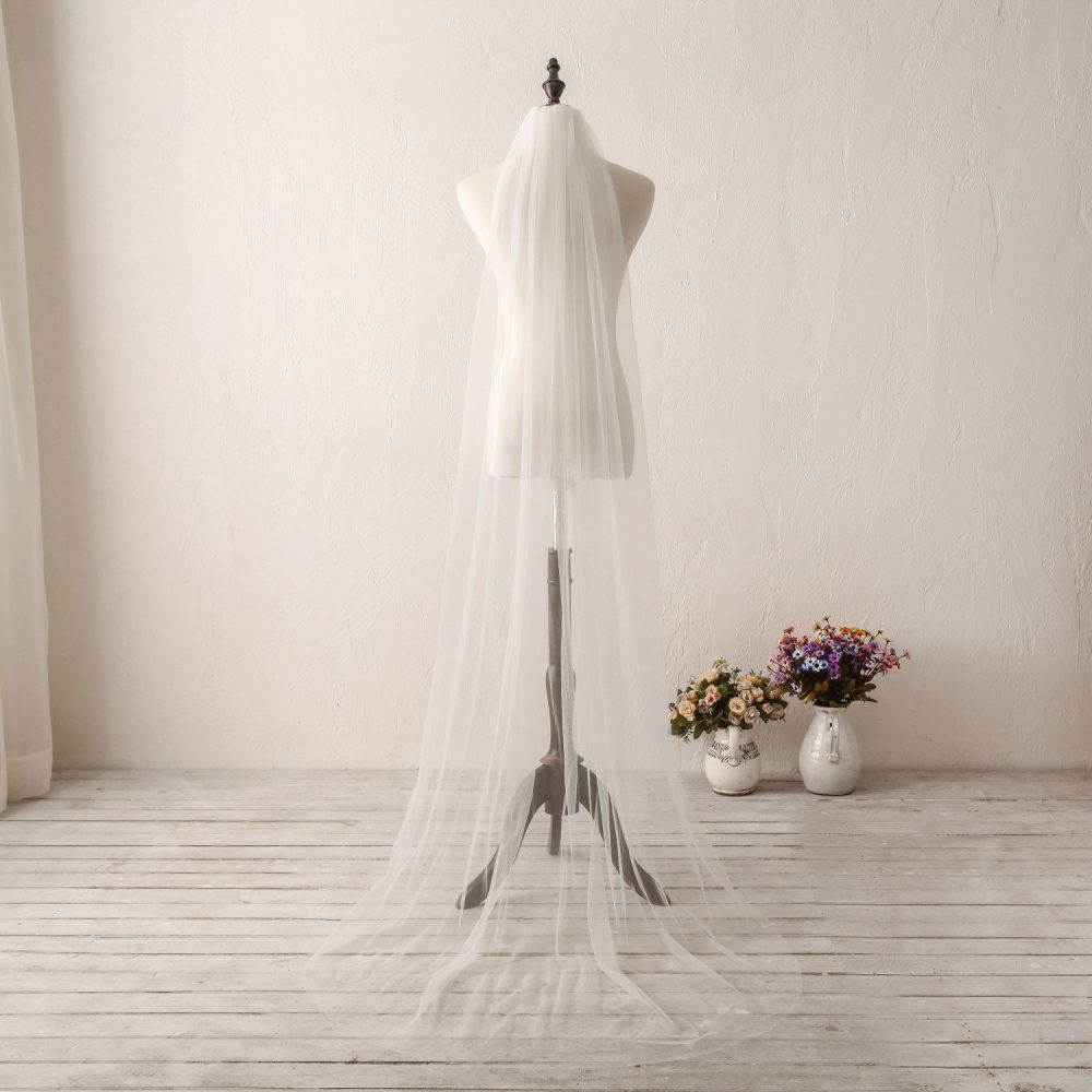 2019 New Ivory Wedding Veil, Plain Edge Bridal Chapel Cathedral Hair Comb Veil