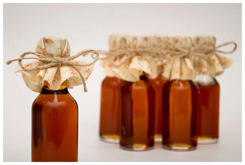 25 Fall Wedding Maple Syrup Favors