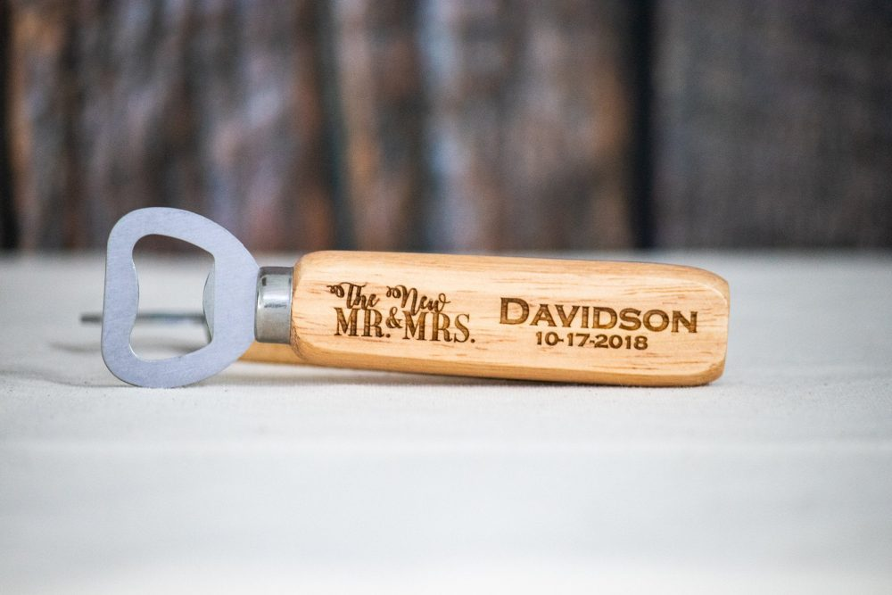 New Mr & Mrs Wedding Favors, Personalized Engraved Bottle Openers, Favor Favors For Guest