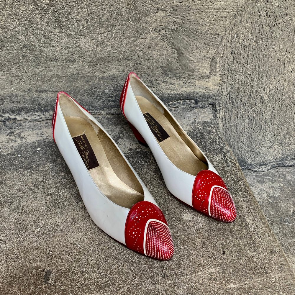Women's Red & White Vintage Brogue Pumps By Sesto Meucci Made in Italy
