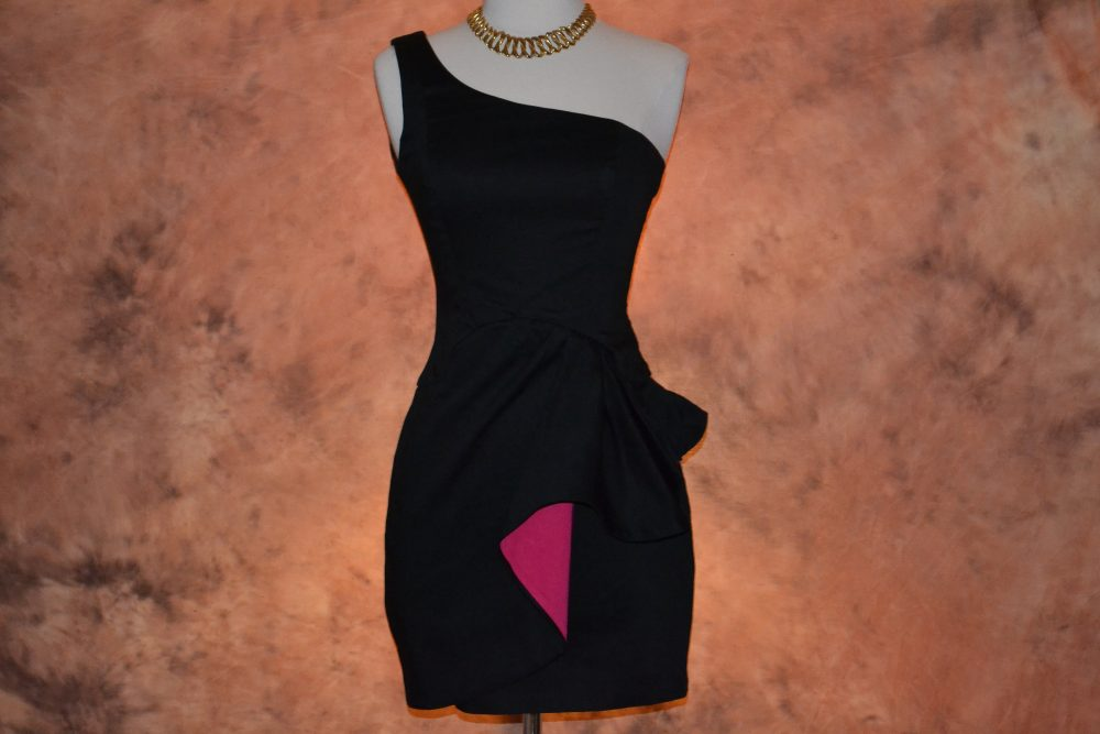Women's French Connection Dress Vintage Little Black with A Dash Of Pink Bodycon Bandage Club Party Short Mini