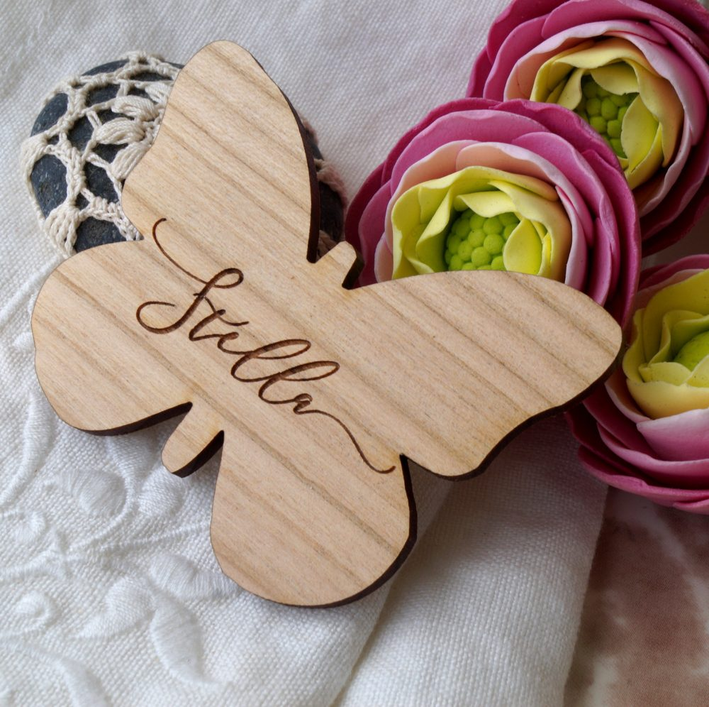 Wedding Place Settings, Wooden Butterfly Tags, Wedding Escort Card, Name Cards, Wood Names, Rustic