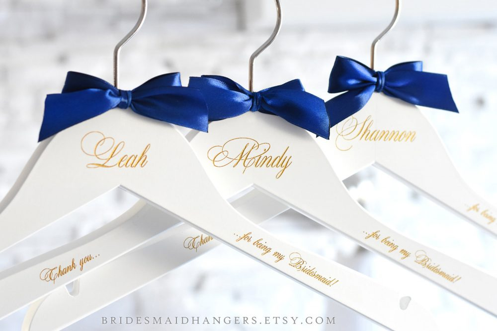 Personalized Hangers For Wedding, White Wedding Hangers, Party Gift, Bridesmaid Proposal, Hangers, Bridal Hanger H10