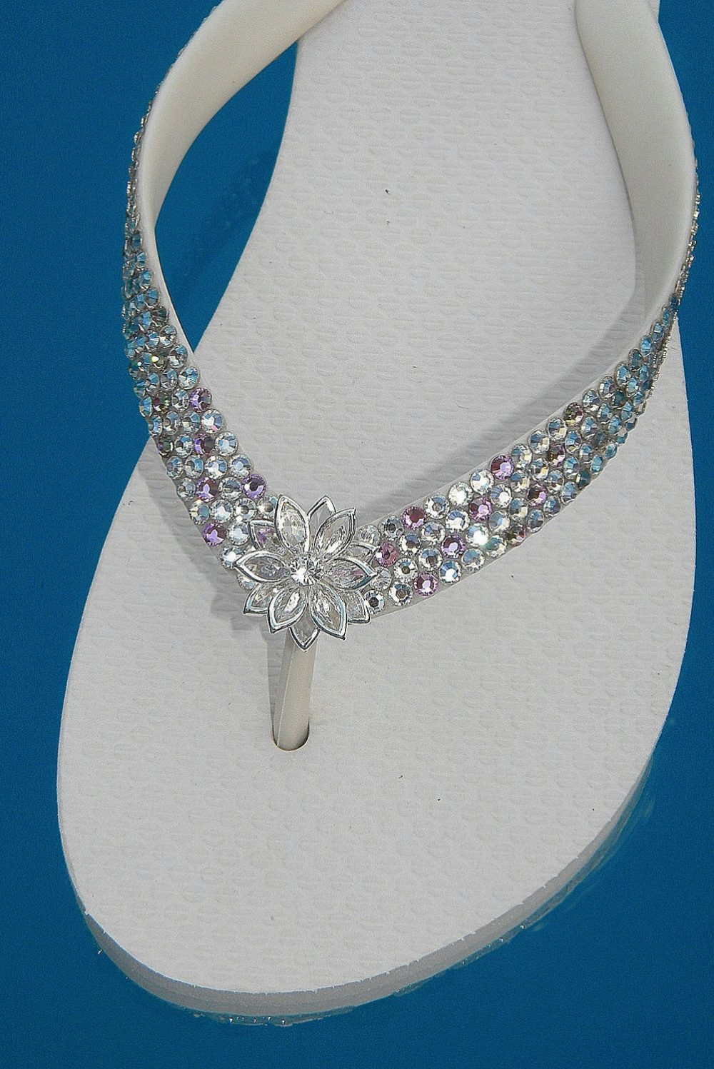 Beach Bride Flip Flops Wedding Confetti with Swarovski Crystal Bling Jewels Havaianas Flat Cariris Wedge Heel Silver Flower Bridal Gift Shoes