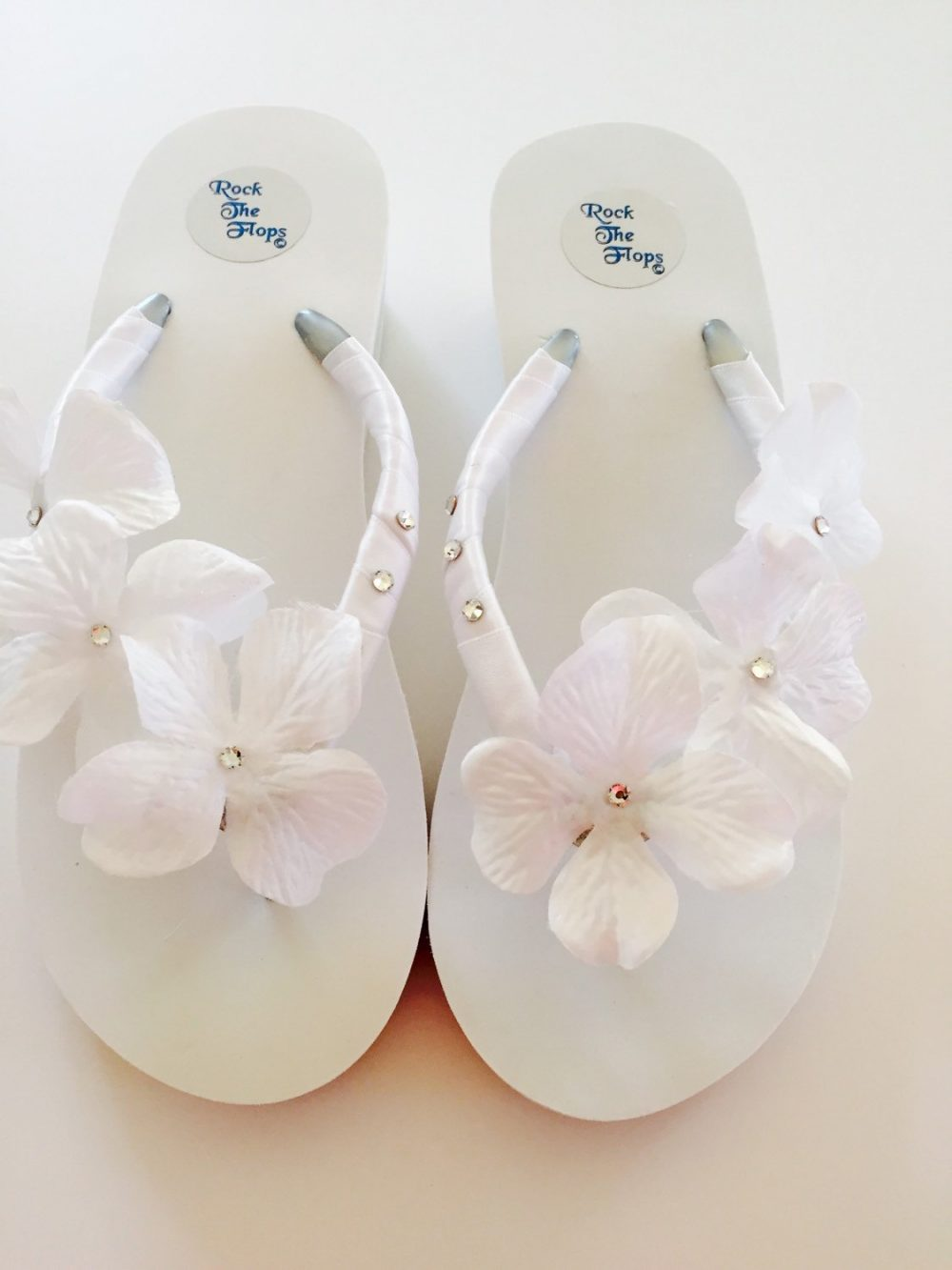 Bridal Flip Flops.wedding Flops. Shoes Beach Wedding Gifts Bridesmaid White Flops