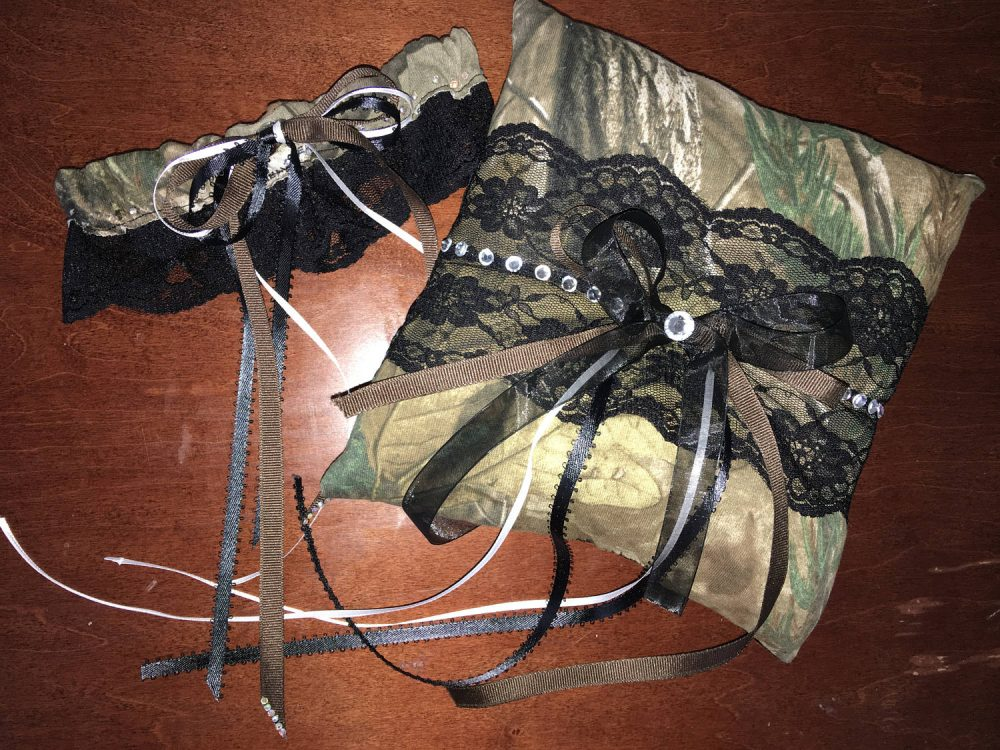 Realtree Camo Garter Set & Bearer Pillow Combo Camouflage Wedding Mossy Oak Hunting