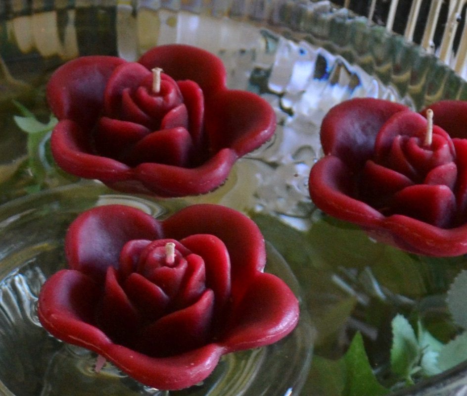Burgundy Wedding Candles, Floating Rose Candles For Table Centerpiece & Reception Decor. Set Of 10 Floating Candles