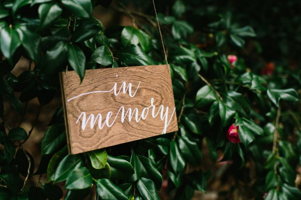 In Memory Sign, Wedding Reserved Sign, Wedding Chair Hanging Sign Wood Sign-Nc