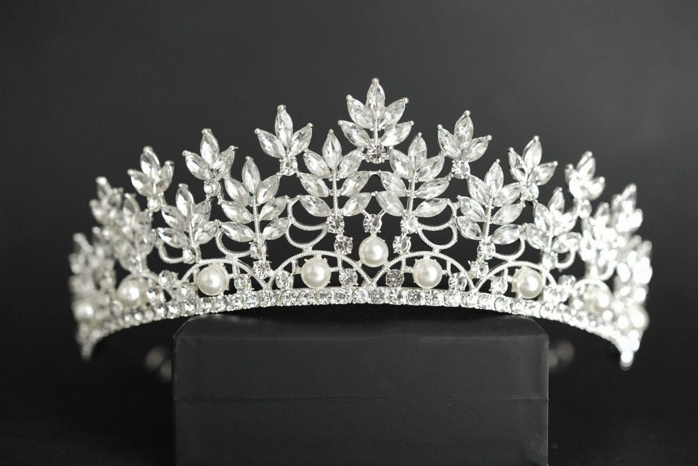 Bridal Tiara With Pearls For Wedding, Pearl Bride Crown, Wedding Tiara, Silver Diadem Floral Royal