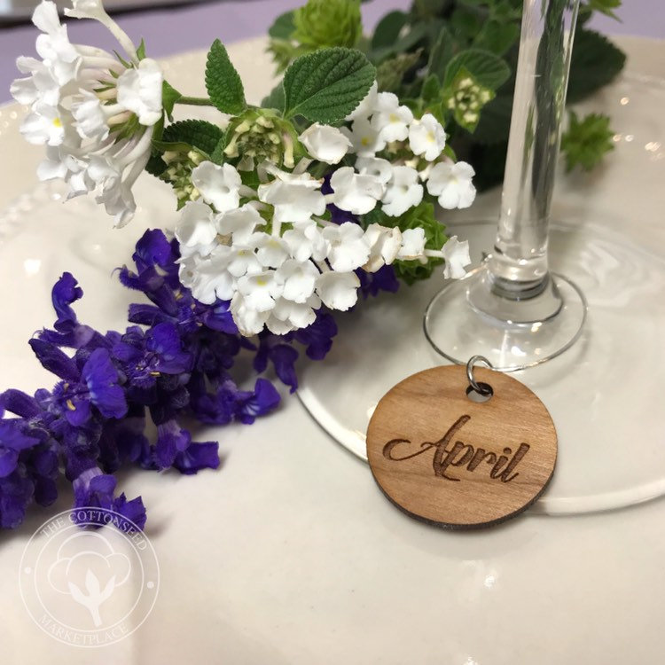 Wedding Place Cards Personalized. Wine Glass Charms For Guests. Favors Tags