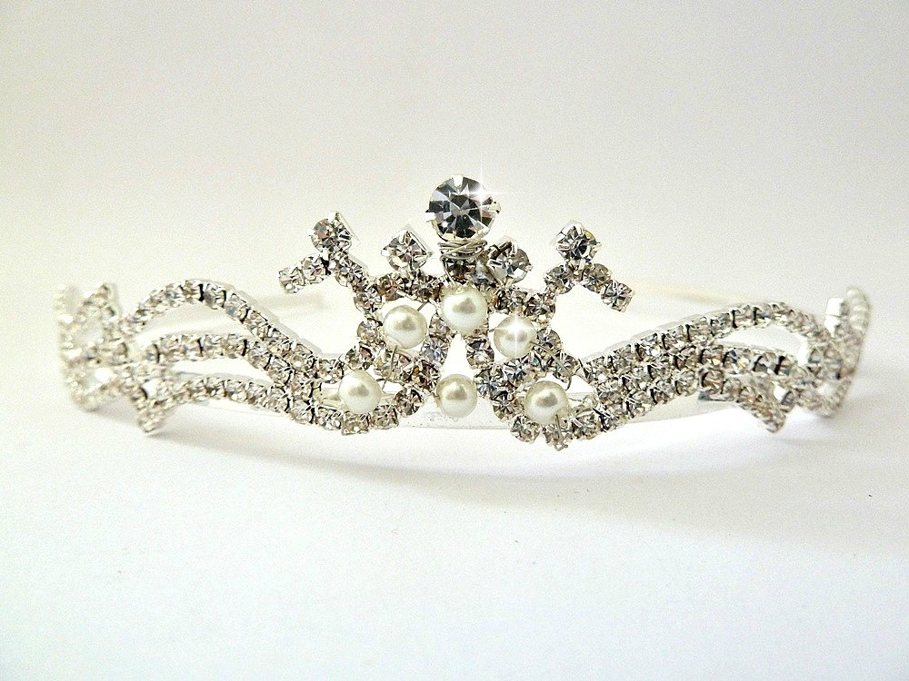 Birthday Crown , Girls Wedding Tiara, Rhinestone Tiara & Pearls , Girls Birthday Rhinestone Headband Jeweled Tiara