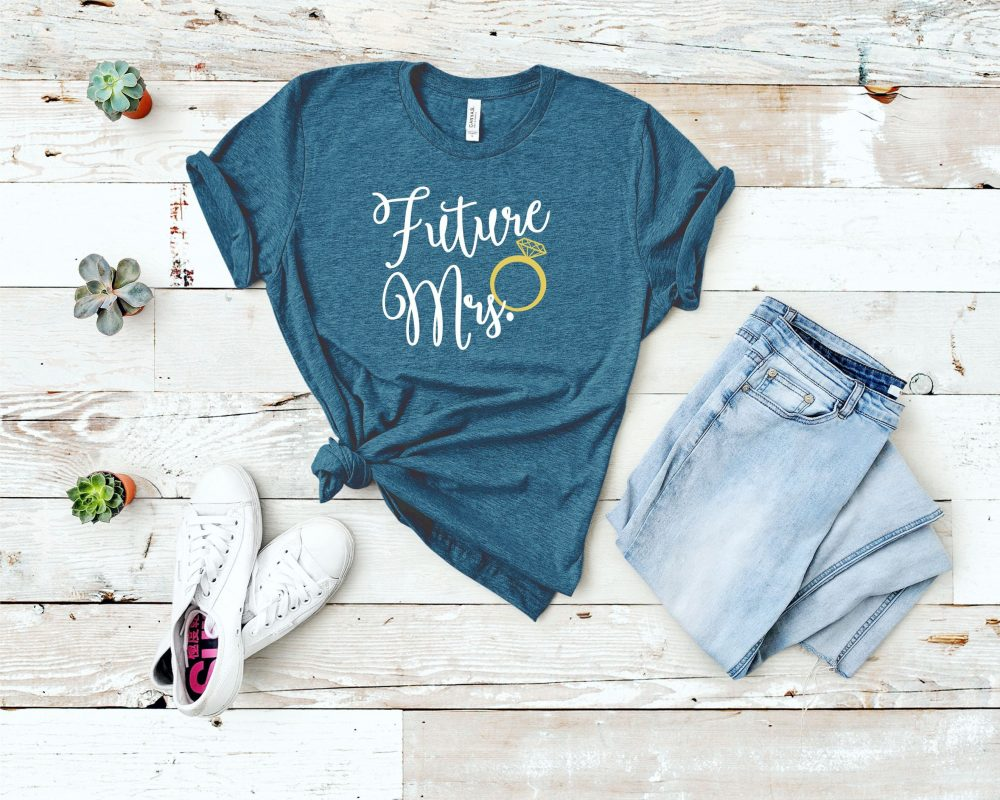 Future Mrs. Tee Shirt, Engagement Announcement Bridal Party Gift, Bachelorette Bride Tee, Fiance Wedding Shirt