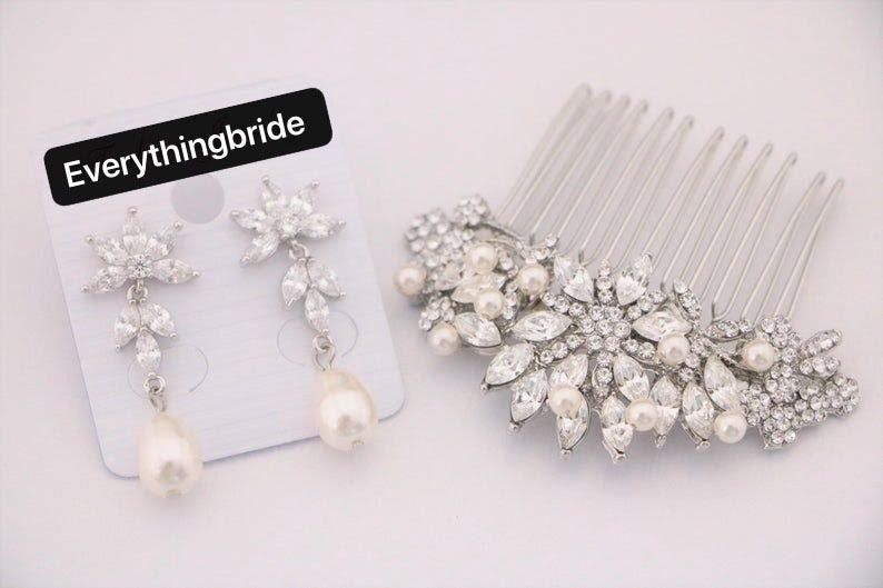 Bridal Comb, Crystal Pearl Hair Comb, Bridal Headpiece, Wedding Accessories, Bridal Clip, Gold Rhinestone Combs, Wedding Comb, Boho