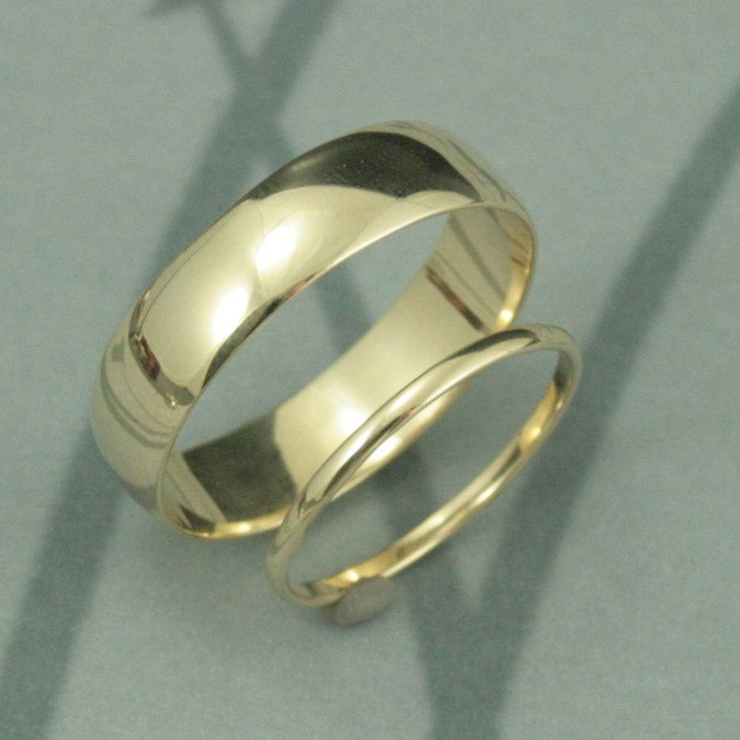 Solid 14K Gold Thick & Thin Wedding Band Set-His Hers RingsTraditional Rounded StyleYour Choice Of Color, Size Finish