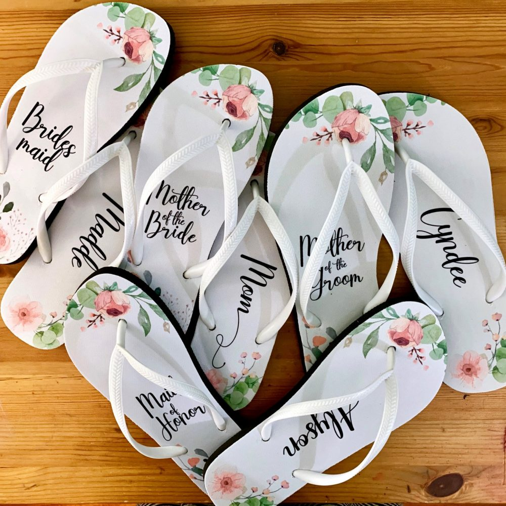 Coral Wedding Flip Flops/Bride Bridesmaid Maid Of Honor Mother The Groom Gift Trend Bags Free