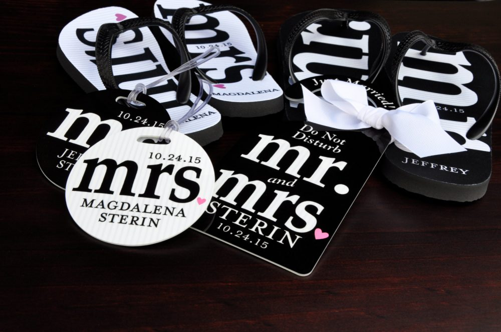 Mr & Mrs Bridal Flip Flops Personalized, Mr Mrs , Honeymoon Suite, Personalized Bride Groom Flops, Bag Tags, Door Hanger, Gift