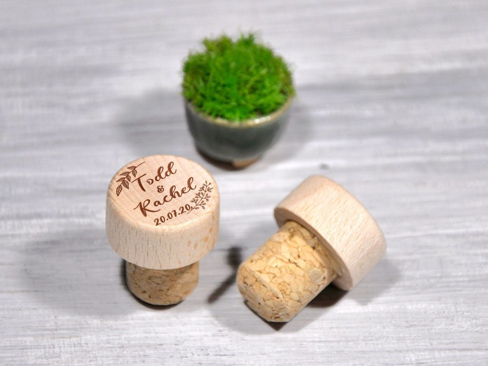Personalized Wine Stoppers Engraved Cork Favors Bottle Stopper Custom Wedding Party Favor Gift Bridal