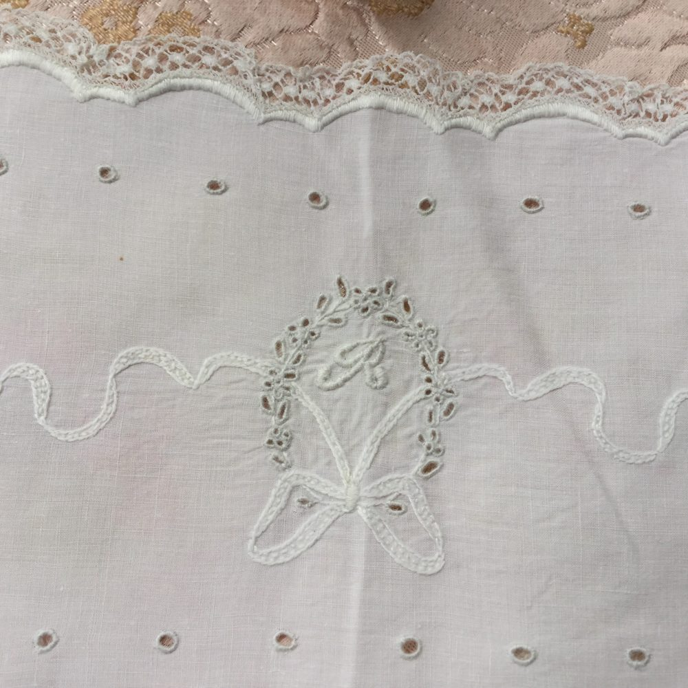 White Antique Victorian Linen Doily Hand Embroidered With Raised Satin Stitch Monogram R - Rectangular Lace Trimmed Large Bow
