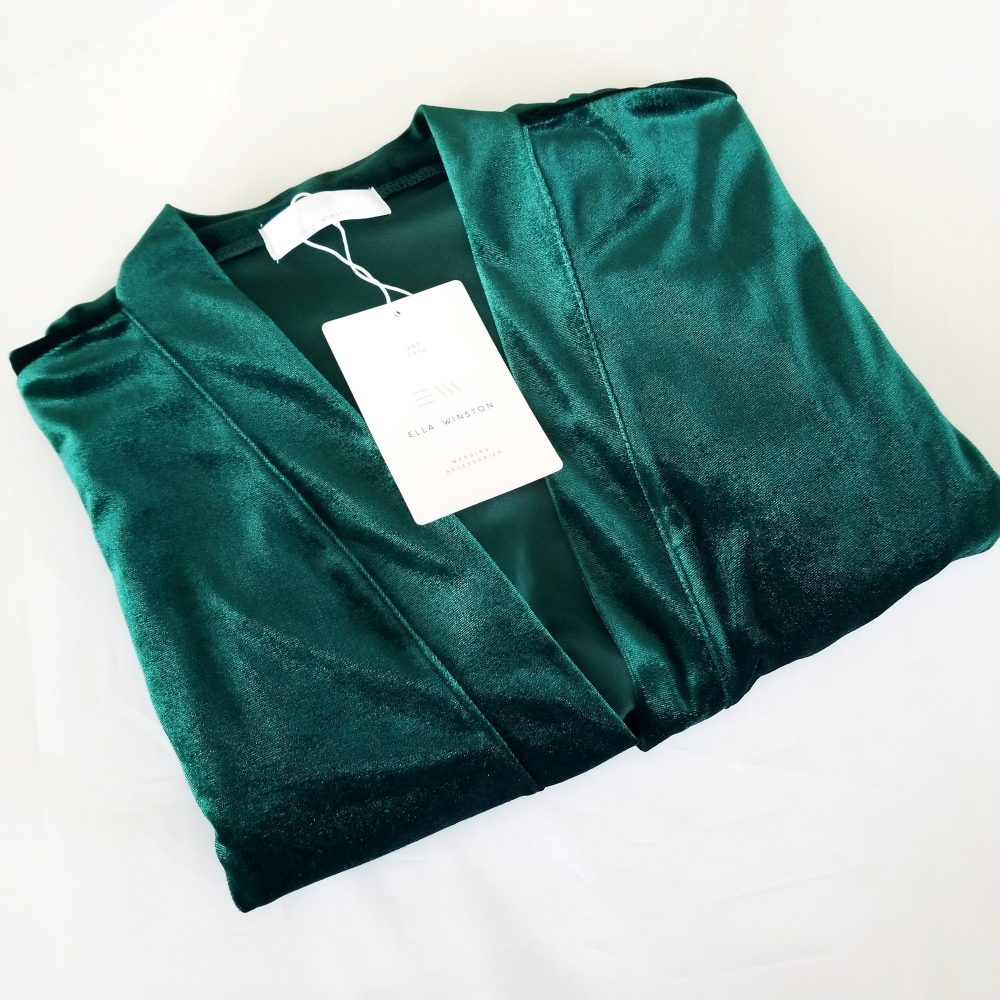 The Original Emerald Green Velvet & Lace Bridal Robe, Luxury Robes For Bridesmaids, Unique Bridesmaids Robe For A Winter Wedding