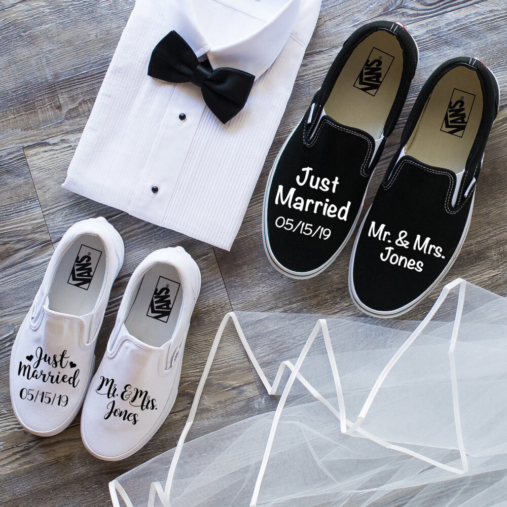 Just Married Couples Set, Wedding Vans Shoes, Bride & Groom Gift, Bridal Shower, Honeymoon Outfit, Wedding