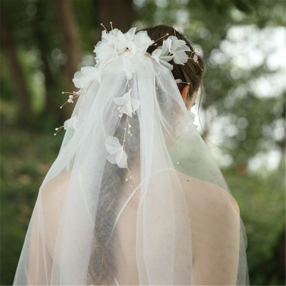 3-D Floral Wedding Veil Soft Bridal Crystal Fashion Headpiece Ivory Accessory