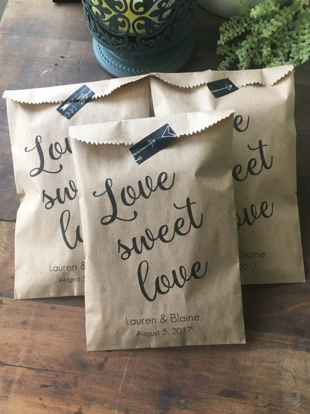 Wedding Favor Bags, Candy Buffet Sacks, Custom Favors, 25 Cake Cookie Recycled Brown Paper Personalized Printed Sack